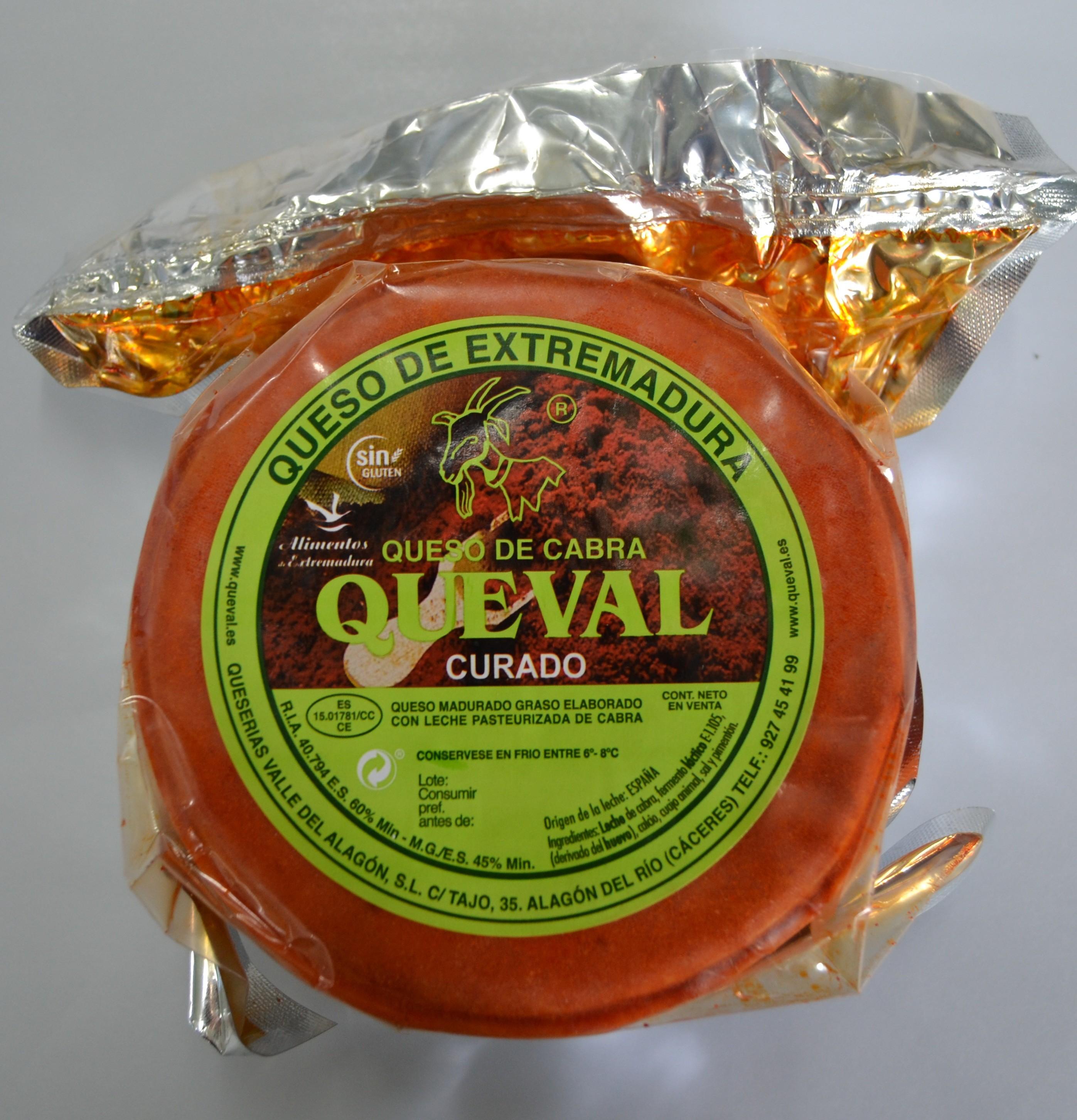 QUESO DE CABRA CON PIMENTÓN QUEVAL CURADO